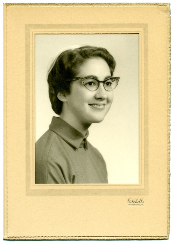 Senior Photo: Eastern Mennonite College