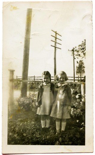 Marian and Janet Metzler_age 6-7_3x5_300