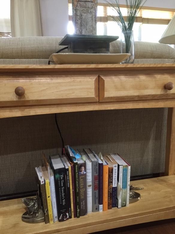 SofaTableBooks