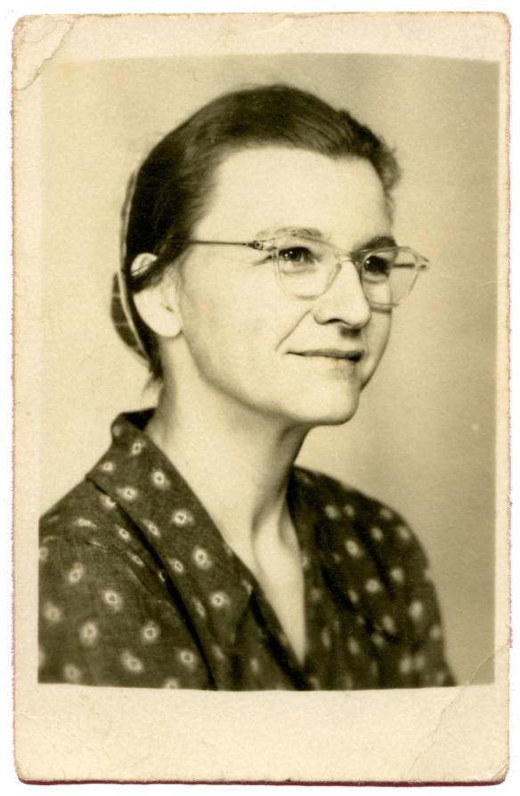 ruthieschoolphoto1940s-copy
